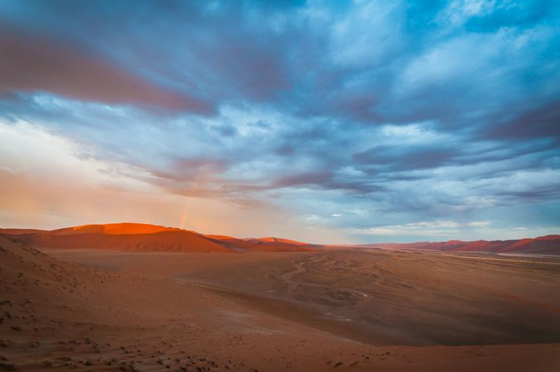 Tęczna na pustyni - dość rzadki widok :)