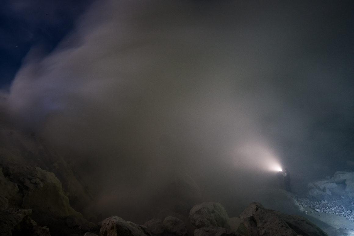 Wyprawa na Ijen - w oparach dymu