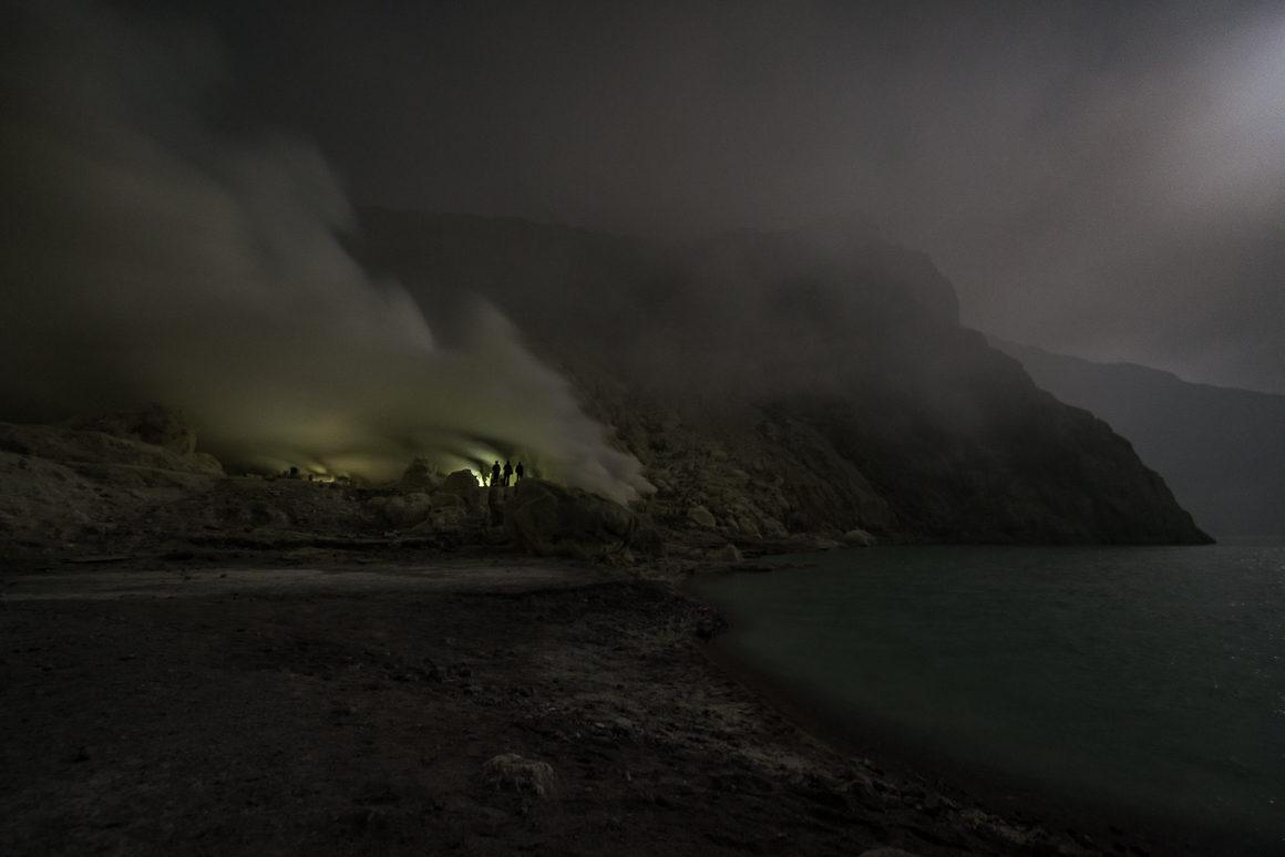 Wyprawa na Ijen - nad kwaśnym jeziorem