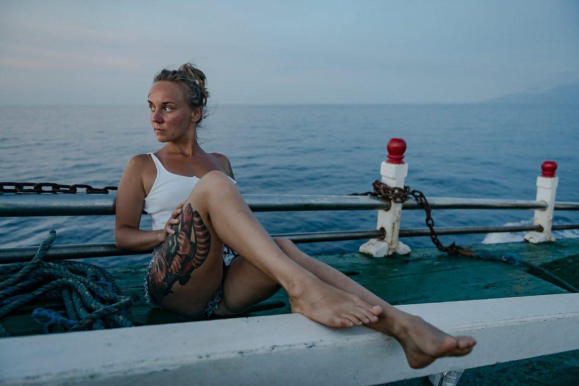 Martyna na łodzi.
