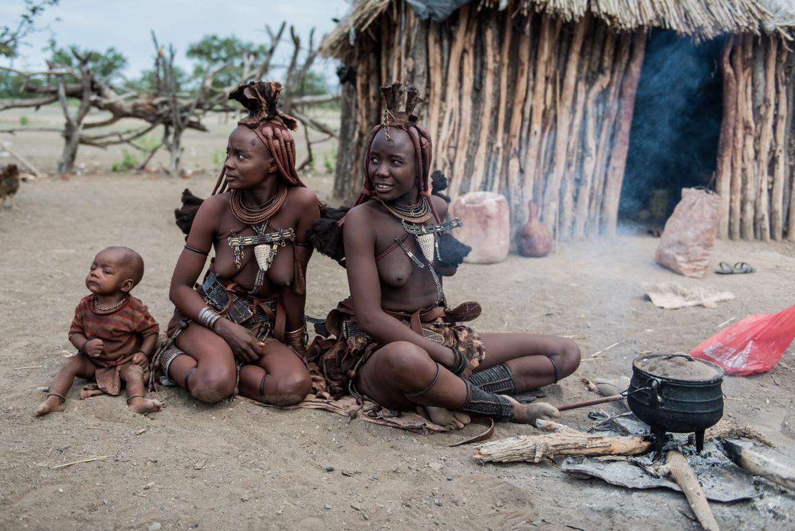 Zwiedzimy wioskę ludu Himba