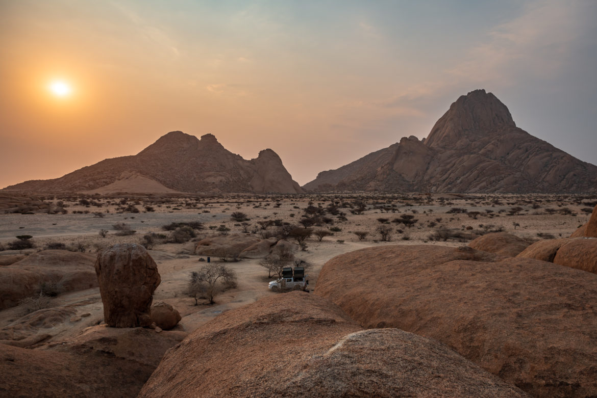 Camping przy Spitzkoppe